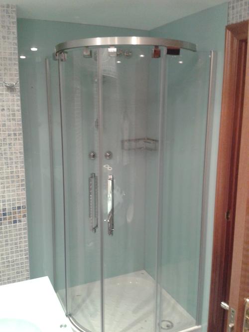 Imagenes vidrios utrilla for Puertas de cristal decoradas