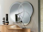 Espejo formas circulares y gravado lateral